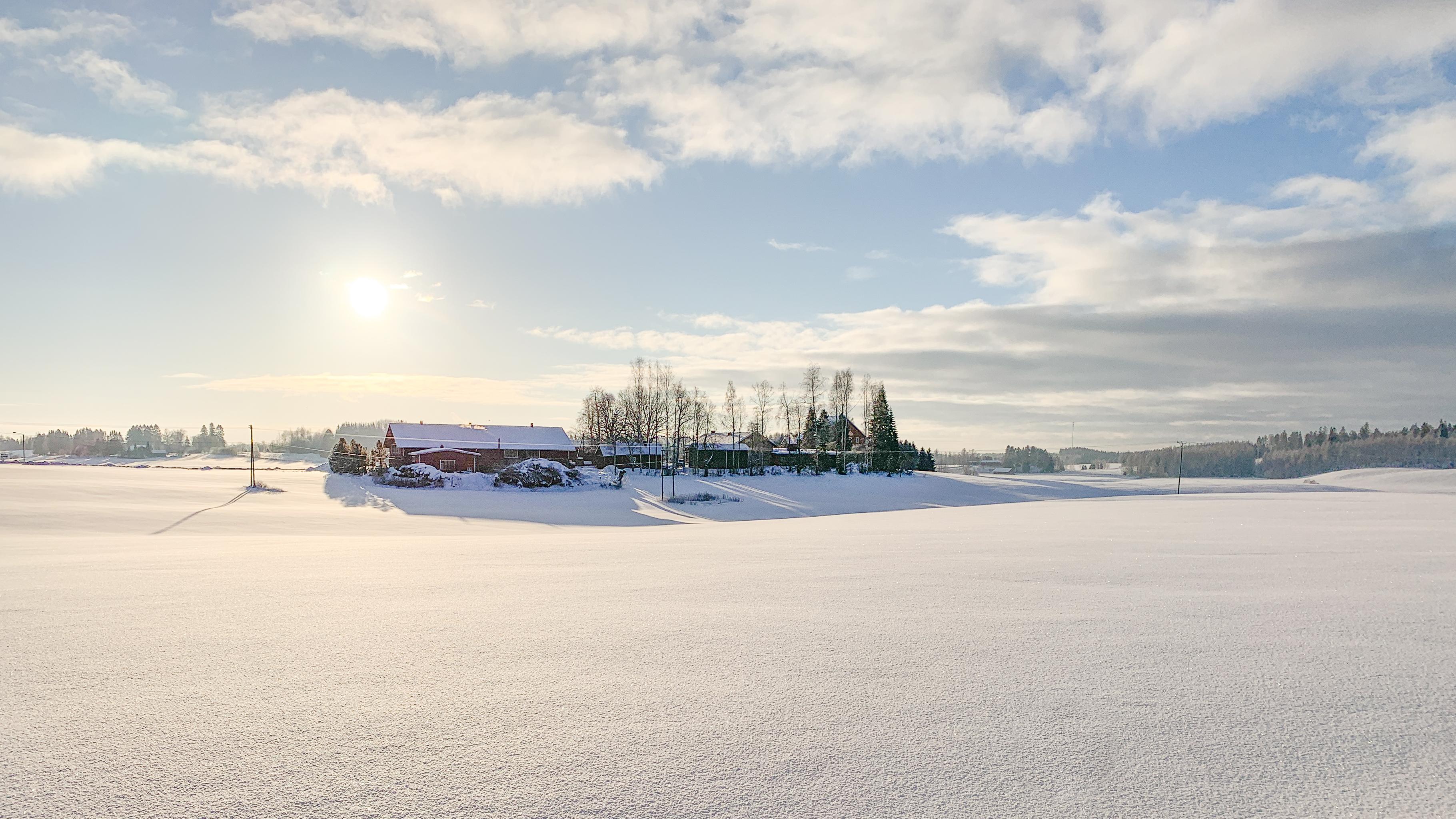 Helppoja korkean dynamiikan talvikuvia